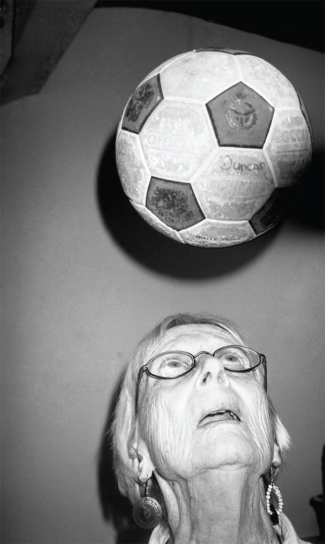 playing-footy