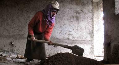 ethiopia-women-construction3_wide-2a855860e4e499ec5223fc9c6eea3daf92507c64-s40