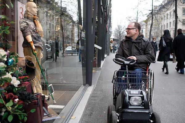 Disabled-Mannequins-9-600x399