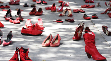 Elina Chauvet's red shoes